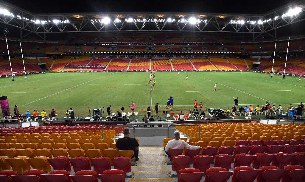 NRL's idea to return crowds to stadiums within weeks 'absurd and dangerous', says doctors' association
