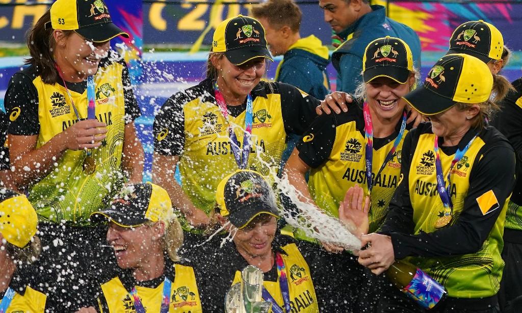 Australia's women's T20 World Cup-winning cricket team win The Don Award