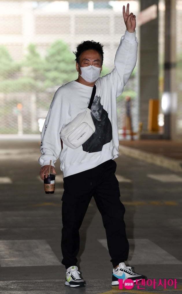 [TEN 포토] 박명수 '거성의 남다른 출근길' | 텐아시아