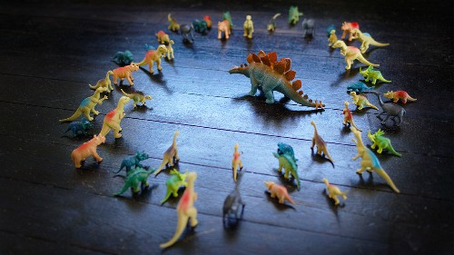 As Your Team Gets Bigger, Your Leadership Style Has to Adapt