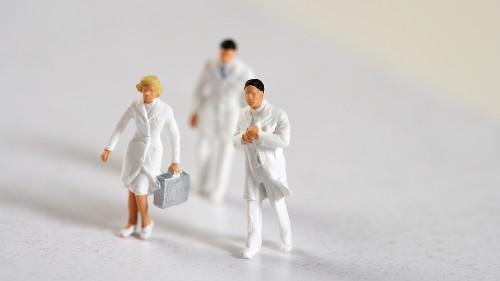 Why Doctors Need Leadership Training