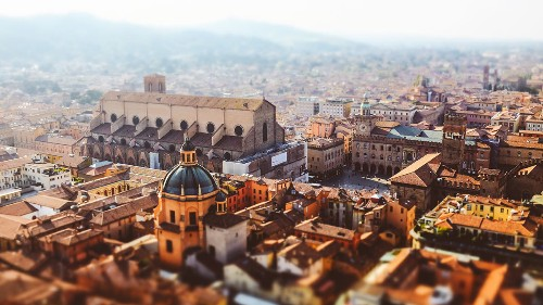 Bologna Shows How a Business Cluster Can Stay Vibrant for Centuries