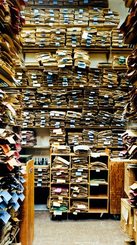How to Prevent Experts from Hoarding Knowledge