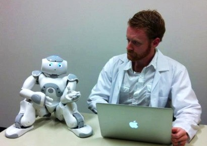 Can Robots Be Managers, Too?