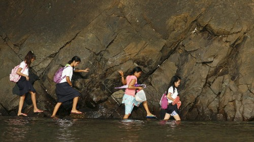 55 Incredible Photos Of Girls Going To School Around The World