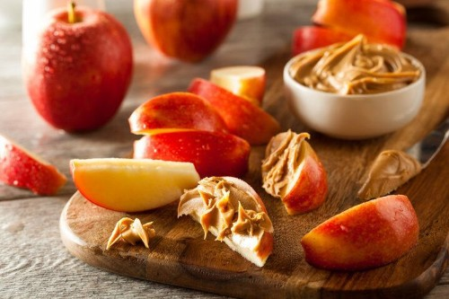 The Best Late-Night Snacks, According To Nutritionists | HuffPost Life
