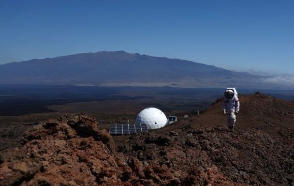 6 Scientists Just Spent A Year On Simulated Mars. Here's What They Learned.
