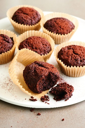 The Health Benefits of Chocolate You Might Not Know About (Plus a Cupcake Recipe!)