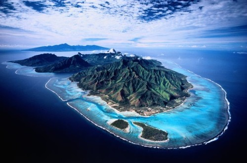 Moorea Is The World's Most Beautiful Island You've Never Heard Of