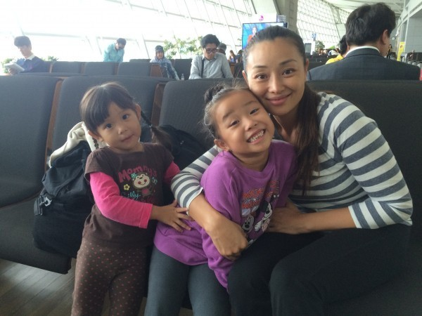 A Day In The Life Of A World Traveling Family