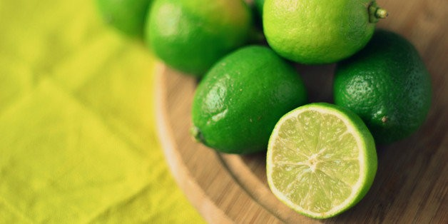 Clarified Lime Juice Makes the Coolest Mojito Ever | HuffPost Life