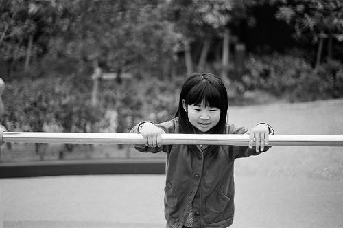 はじめて逆上がりが出来た女の子:成功後の一言が指導者を撃ち抜く