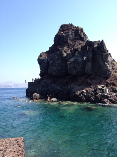 A Day Trip To Oia, Santorini, Greece: What Not To Miss