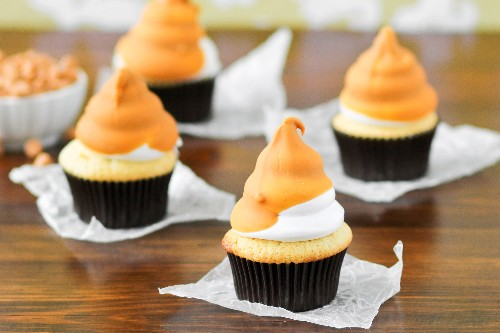 Complete Showstoppers: Butterscotch Dip Cupcakes