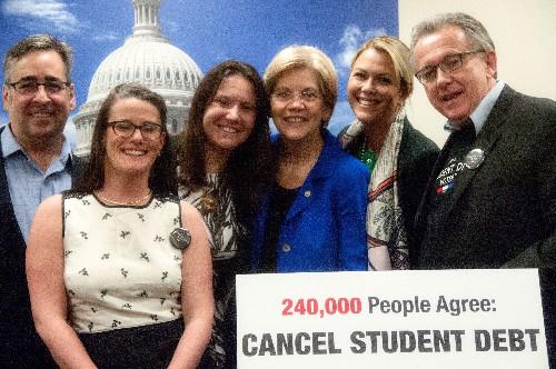 Sen. Warren Receives 240,000 Signatures Asking to Cancel All to Student Debt