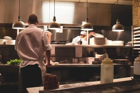 How Websites and Online Marketing Have Evolved in the Restaurant Industry