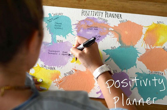 DIY Positivity Planner: A DIY That Will Shape Your Year in the Best Way