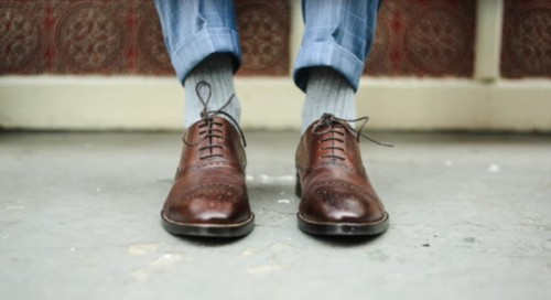 Men, You're Actually Tying Your Shoes All Wrong