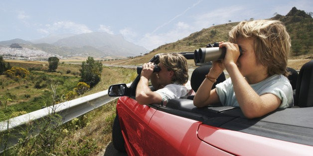 7 Tips for Planning a Budget-Friendly Family Trip This Fall   HuffPost Life