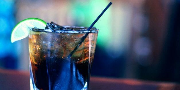 Are Cocktail Straws Meant For Stirring Or Sipping? A Bartender Sets Us Straight | HuffPost Life