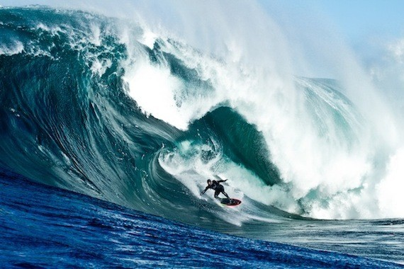 How Heavy Are the Biggest Waves in the Ocean?