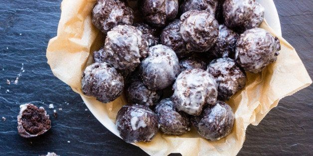 "How to Make Homemade Chocolate ""Munchkins"""