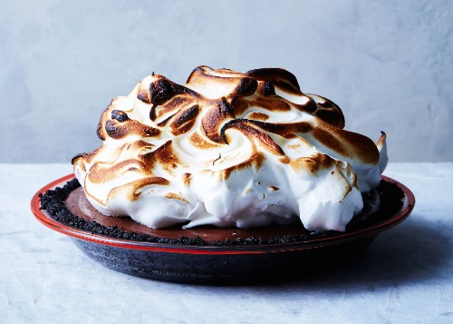 5 Thanksgiving Dessert Recipes For Pie, Cake, And More