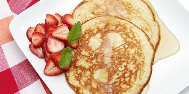 Lemon Souffle Pancakes With Strawberries | HuffPost Life