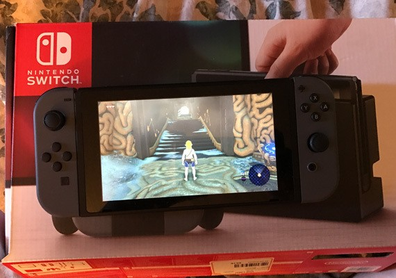 Nintendo Switch: Thoughts About Device from a Non-Gamer