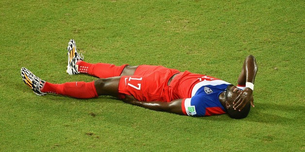 Jozy Altidore Goes Down With Hamstring Injury In Wild Opener For U.S. At World Cup (GIF)