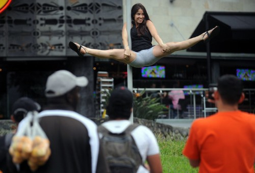 Pole Dancing Colombian Women Take To The Streets (PHOTOS)