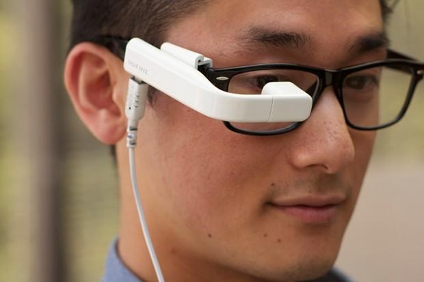 一見、Google Glass。ディスプレイに特化で低価格なメガネ型端末「Vufine」