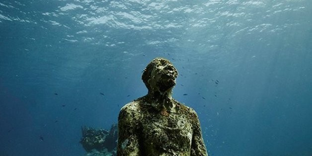 Photographer Perfectly Captures Unique Beauty Of Eerie Underwater Park