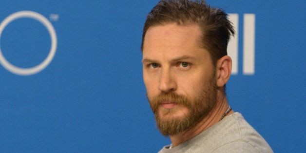 If You Think Tom Hardy Shouldn't Have Been Asked About His Sexuality, You're Dead Wrong. Here's Why.