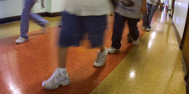 Chicago Public Schools Under Fire Over Dirty Conditions, Rotten Food