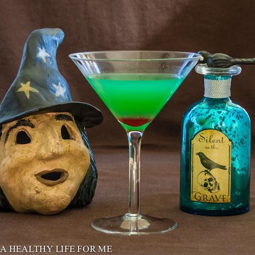 Halloween Cocktails: 21 Creepy Holiday Drinks