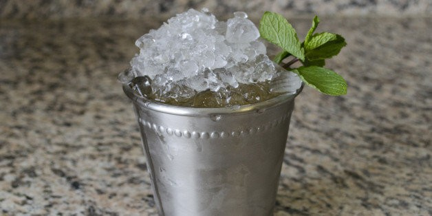 Throwing A Derby Party? Learn How To Make Mint Juleps With These 7 GIFs | HuffPost Life