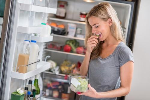 15 Foods A Nutritionist Always Keeps In Her Fridge