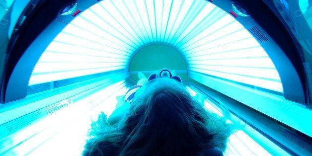 Indoor Tanning Common Among White Teen Girls, Study Finds