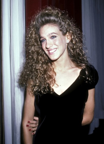 Watch Sarah Jessica Parker's Style Evolution, From Massive Hair To Manolos