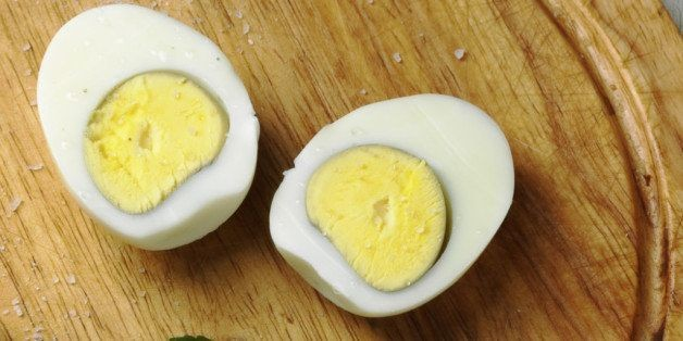 Why There's A Gross Green Ring Around The Yolk Of Your Hard Boiled Egg