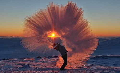 This Photographer Threw Hot Tea Into Freezing Air. The Result Is Stunning.
