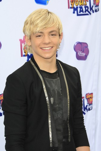 Ross Lynch On Filming 'Teen Beach Movie,' 'Austin & Ally,' And How He De-Stresses
