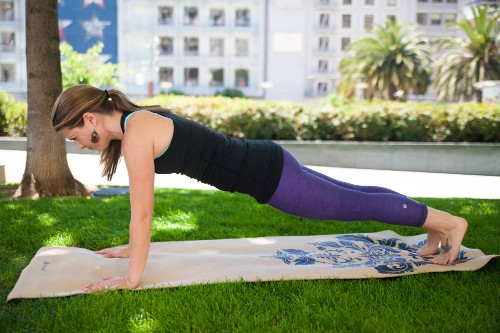 Yoga for Skiers and Riders: Staying in Shape in the Off Season (PHOTOS)