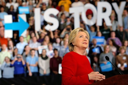 Clinton Camp Mastered The Science Of Politics But Forgot The Art, Staffers Say