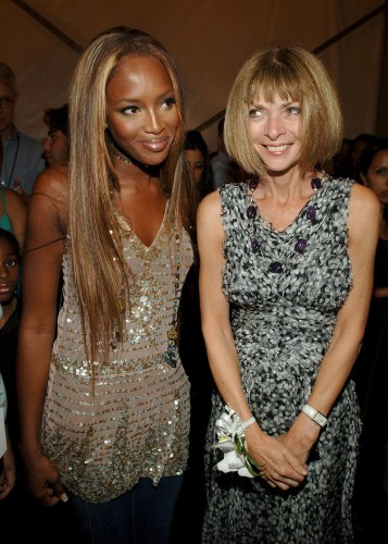 Naomi Campbell Reveals Anna Wintour Had To 'Fight' For Her Vogue Cover