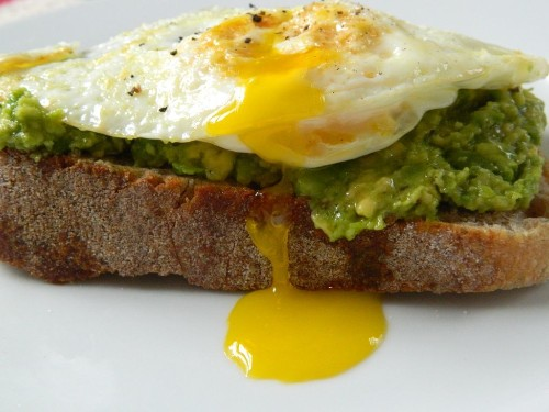7 Dishes That Are Way Better With a Fried Egg