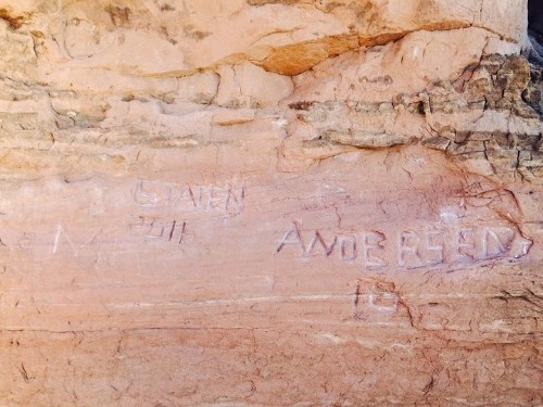 Ruinous Graffiti Etched Into National Park's Ancient Rock Arches
