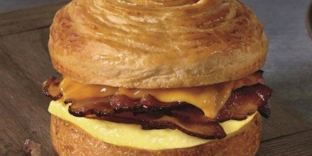 Starbucks Launches New Double-Smoked Bacon, Cheddar, and Egg Sandwich | HuffPost Life