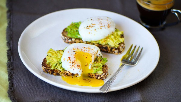 5 Healthy Brunch Dishes That Still Taste Sinful